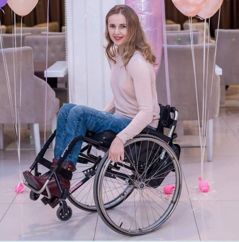 """Legendă: Ludmila Iachim: """"Tinerii cu dizabilități trebuie capacitați și încurajați să devină cetățeni activi"""". Sursa foto: Facebook"""